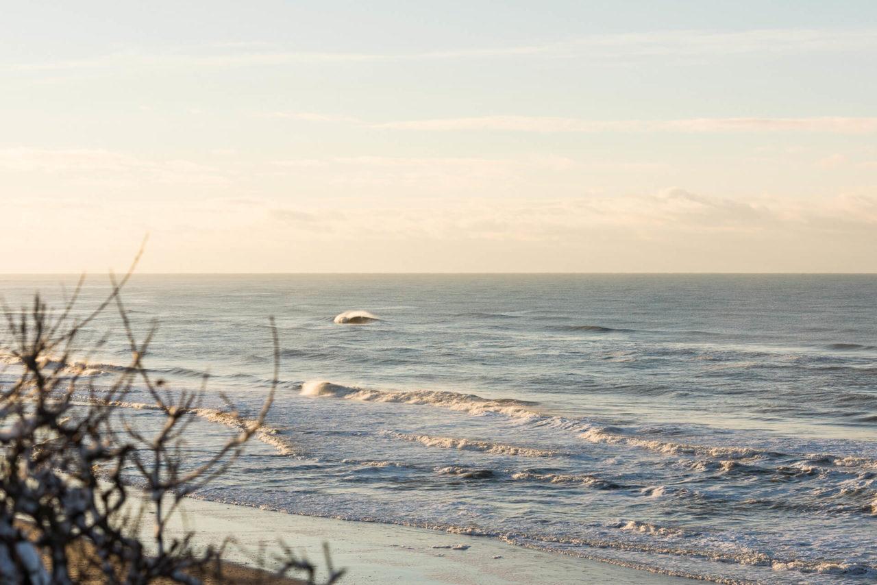 Foto von der Fotostory Redeleit und Junker zeigt eine brechende Welle