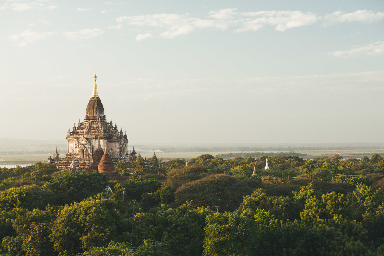 Tempelanlage im Dschungel Myanmar Fotostory von Redeleit und Junker