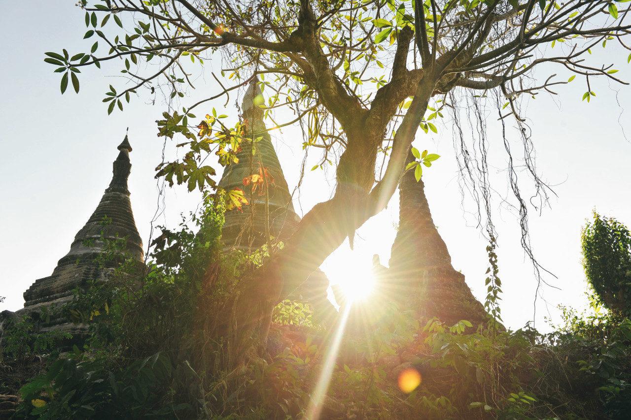 Sonnenlicht Tempelanlage Fotostory von Redeleit und Junker