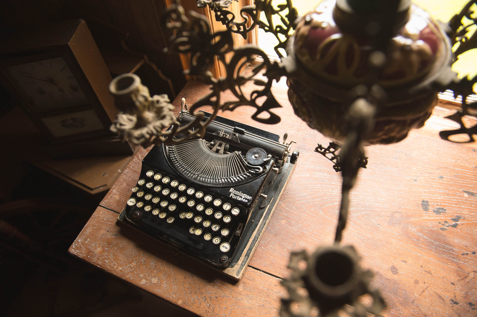 Fotostory von Redeleit und Junker - Alte Schreibmaschine im Museum in Skógafsafn in Island