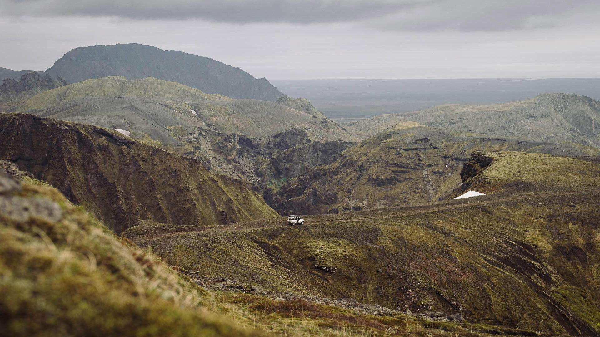Fotostory von Redeleit und Junker - Berglandschaft in Island