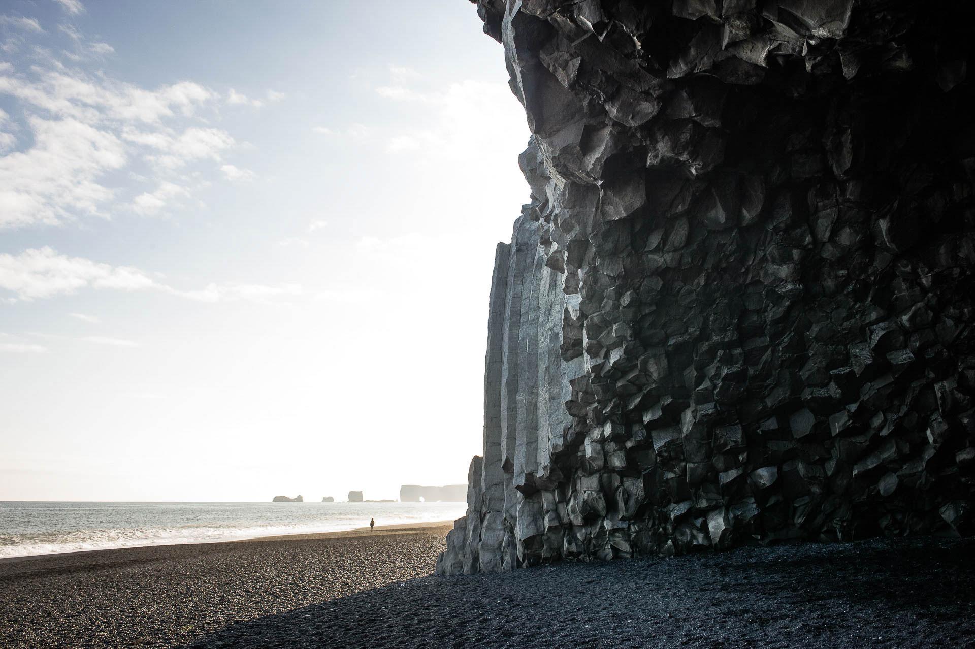 Fotostory Island von Redeleit und Junker - Basaltsäulen am Strand Atlantikküste