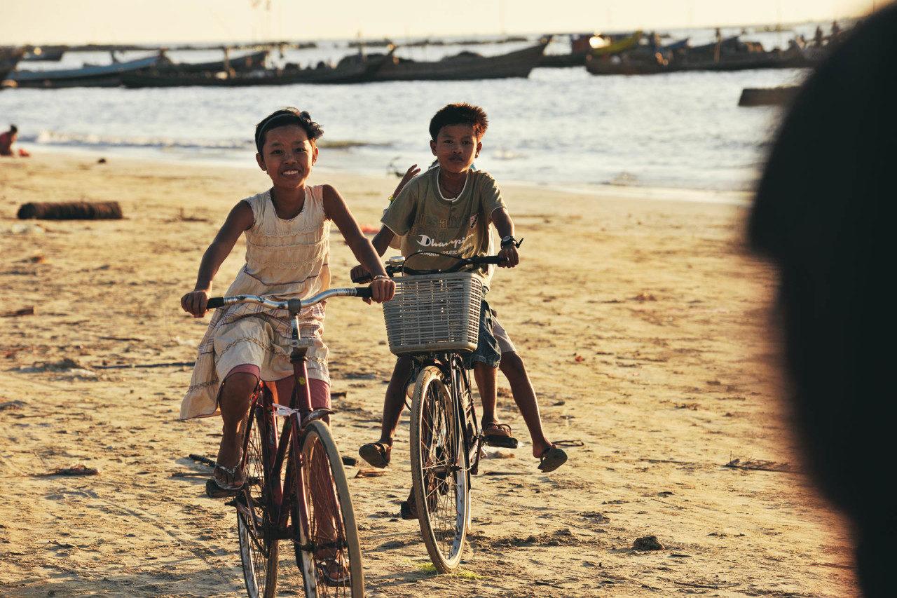 Kinder Fahrrad Fotostory von Redeleit und Junker